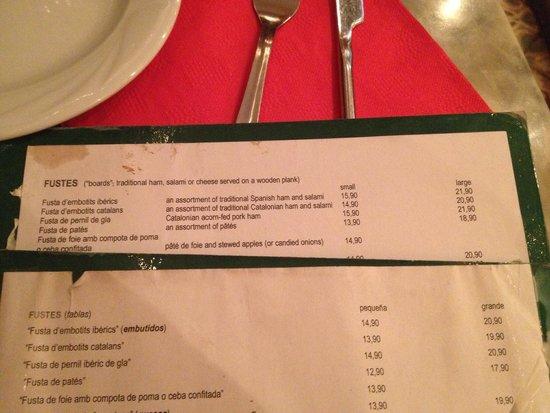 Recasens: Items in English menu 1euro more expensive than in Spanish menu