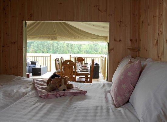 Thornham Bay - Wild Luxury: Cabin bed