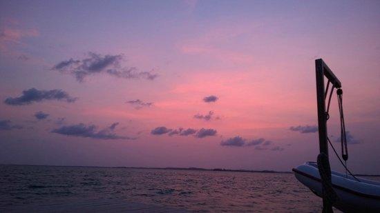 Nikoi Island: Sunset view