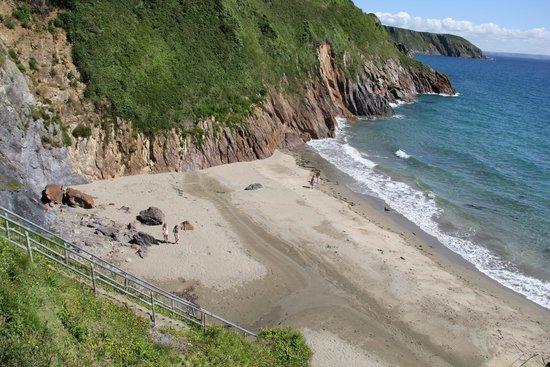 Coast Path Cafe: Little Perhaver beach, Gorran Haven, Cornwall