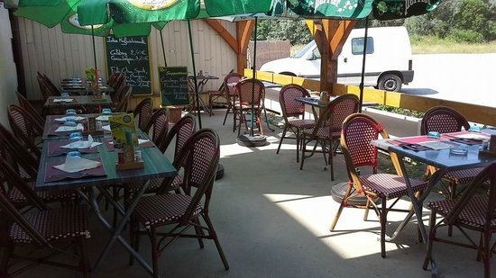 Le Chat Gourmand: terrasse