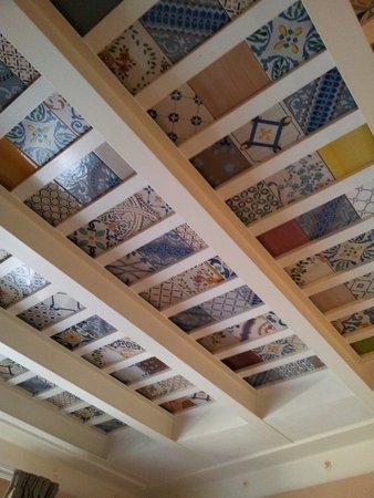 ريزيدنس لا جانتشا: Decorated ceiling
