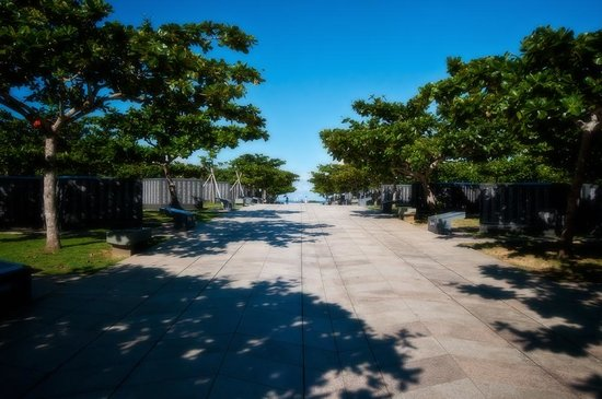 資料館入口 - Picture of Okinawa Peace Memorial Park, Itoman - TripAdvisor