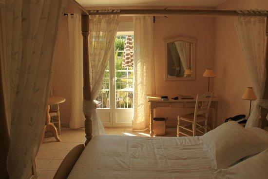 La Bastide de Valbonne: Unser Zimmer