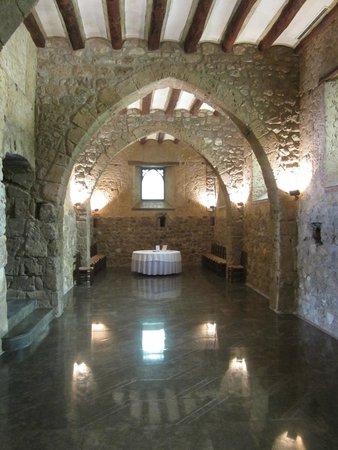 Segura Viudas Estate: In the villa for the wine tasting and appetizer