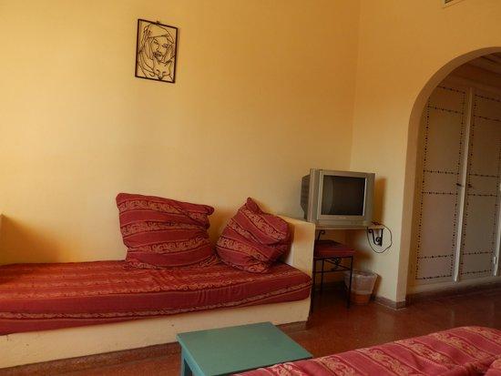 Hotel Bravo Hammamet: Vu de l'intérieur de la chambre, depuis le lit