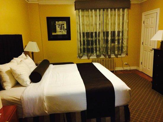 Best Western Plus Hospitality House: cozy bedroom