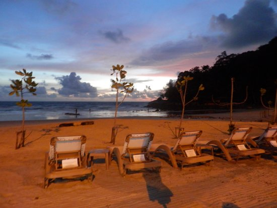 Centara Grand Beach Resort Phuket: Sunset at the Centara