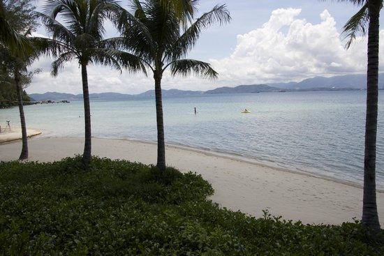 جايا أيلاند ريزورت: Beachside