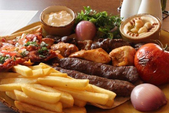 Miskeh Lebanese Restaurant: Mixed Grill