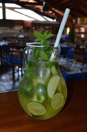 Xicken PiriPiri: Sangria Vert