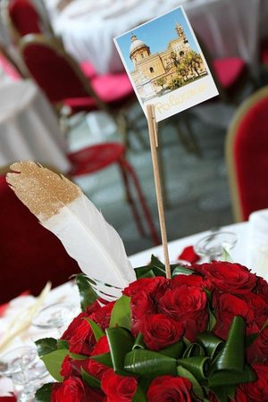 ميركيور أنيسي سود: Décoration table mariage N&P