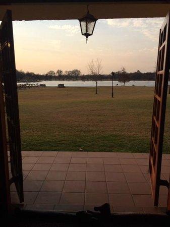 أفريكان برايد إيرين كنتري لودج: View from out room