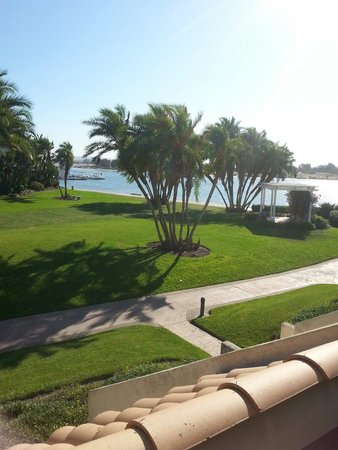 هيلتون سان دييغو ريزورت أند سبا: View from Palacio villa. Note that you looking at mission bay inlet, rather than the Ocean.