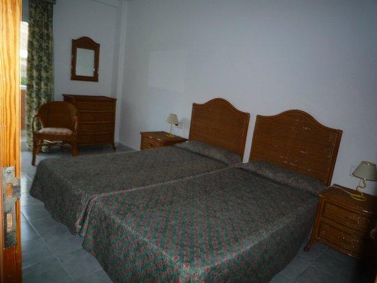كومبوستيلا بيتش جولف كلوب: bed area
