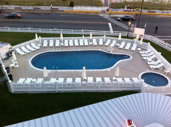 Inn of Cape May: The Pool