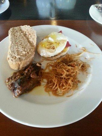 ذا تاراس بيتش آند سبا ريزورت: breakfast