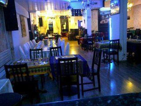 Restaurant LOS INCAS: Notre salle au SOIR