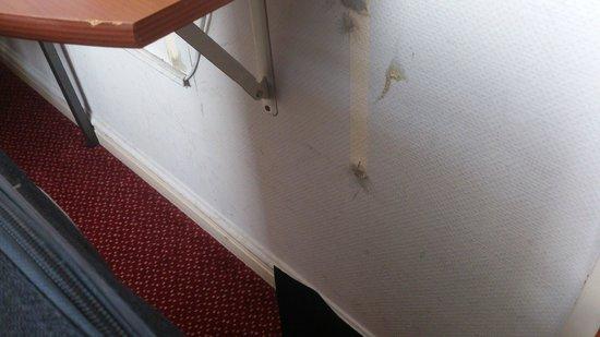 Mozart Hotel: Horrible for 3 stars
