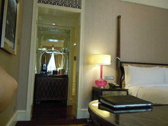 Fairmont Peace Hotel: 2