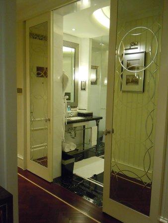 Fairmont Peace Hotel: 4
