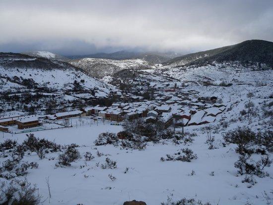 Hotel Villaneila: Neila nevado