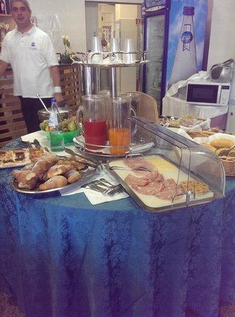 Hotel Madison: Il buffet della colazione