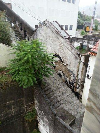 Escadas da Trapa: Escadas com chuva... e muita!