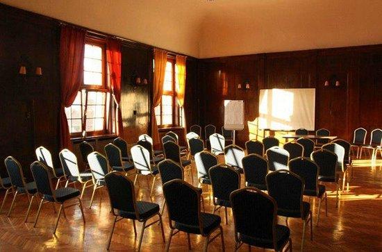 The One Hostel: Sala Konferencyjna / Boardroom