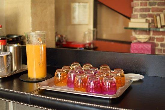 فندق  لو 123 إيليزيه - أستوتل: de open bar