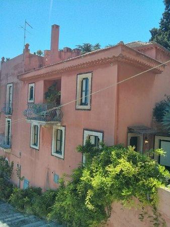 Hotel Villa Carlotta: A view of the building opposite!