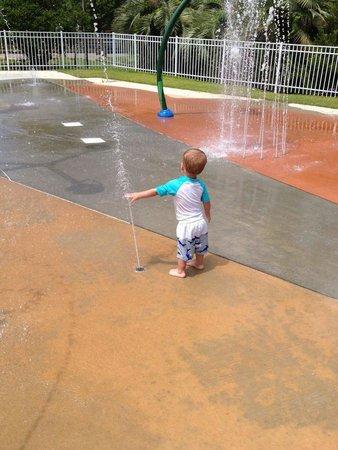 Myrtle Beach KOA Resort: Water park at the koa