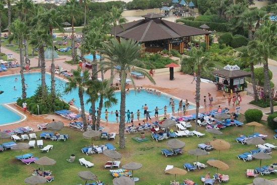 صحارى بيتش: L'une des trois piscines