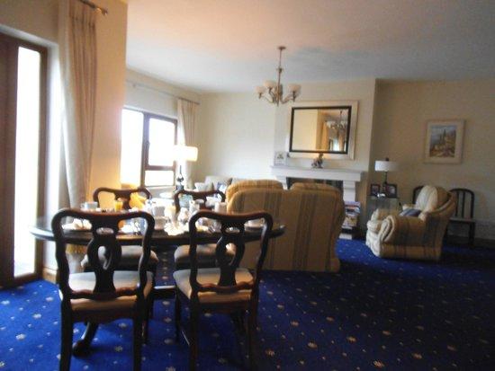 Killarney House: Dining room
