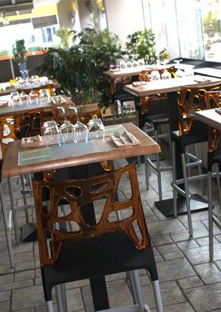 Restaurant Pizzeria Le Villaggio: mange debout salle bar