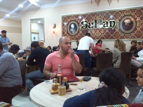 Teilansicht Innen Bild Von Sultan Restaurant Wiesbaden Tripadvisor