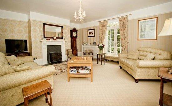 سمتون فارم - بي آند بي: The Guests Lounge