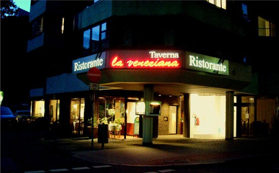 La Veneziana Ristorante Taverna: Taverna la veneziana im Herzen Bochums