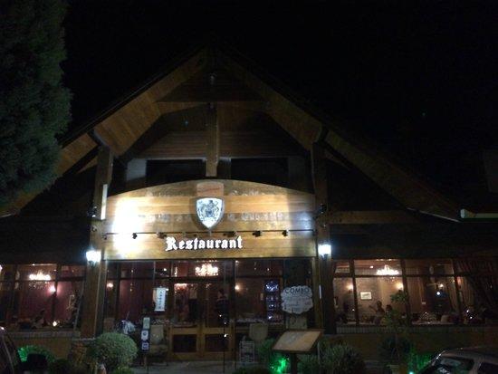 Swiss Cottage: Fachada do Restaurante