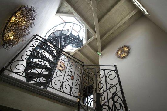 Santa Marta Suites: La scala per la terrazza