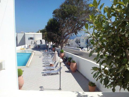 هوتل كاليسبيريس: Piscina Hotel Kalisperis