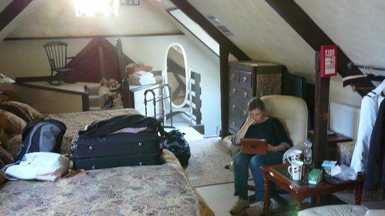 Roscroggan Chapel Guest House: Room