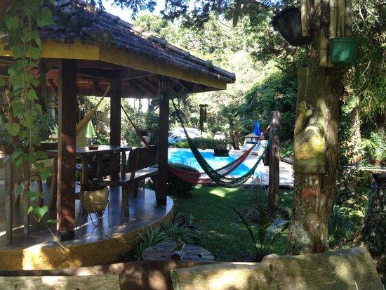 Pousada Villa D'Amore: Área de redário, jogos e piscina
