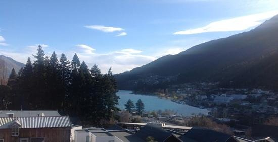 Scenic Suites Queenstown : view from our balcony/bedroom. looking towards queenstown town centre