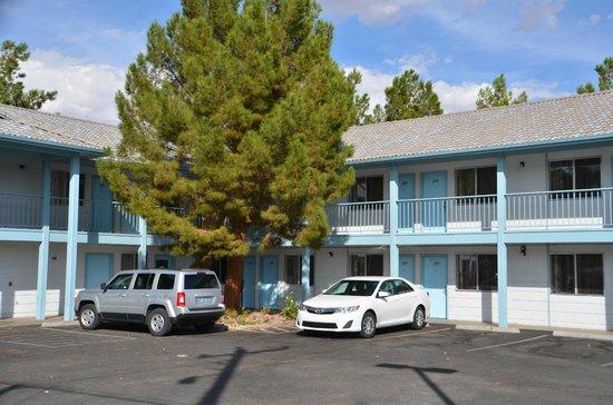 Exchange Club Motel: Exchange Club