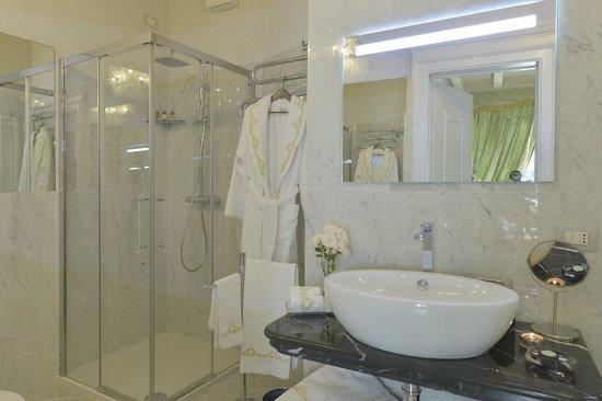 Santa Marta Suites: Bagno