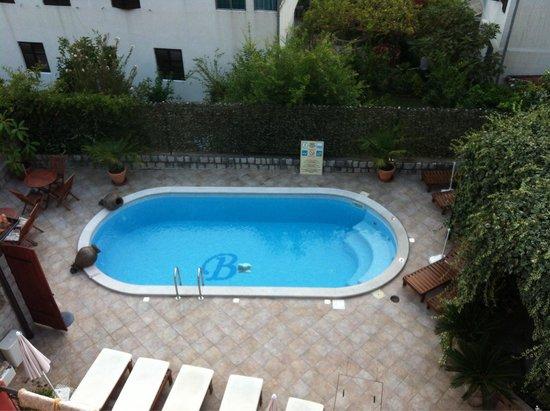 Bogdanovic Apartments : The pool