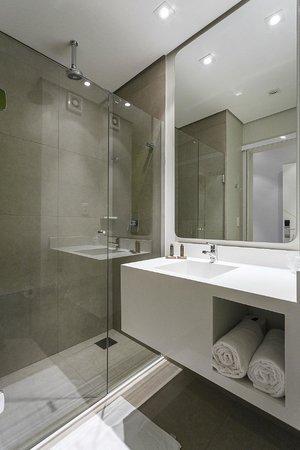 دماكس هوتل: Banheiro Apartamento