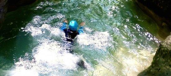 Mountacala Annecy: Canyoning à Annecy avec Mountacala