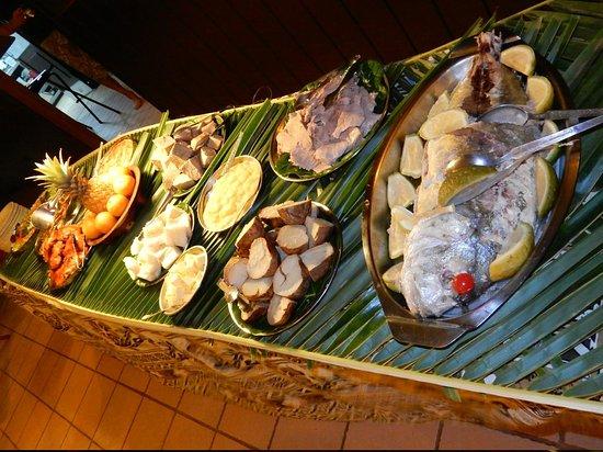 Navini Island Resort: serata kava